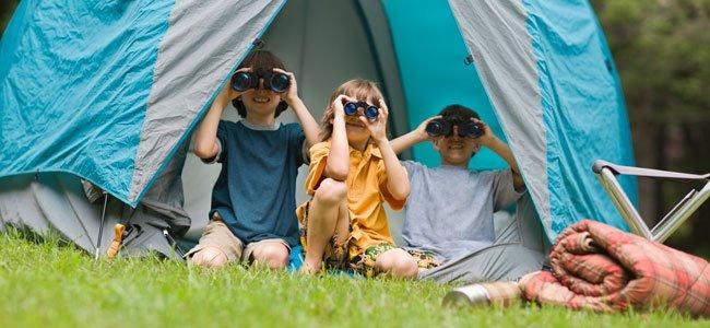 Niños en campamento de verano
