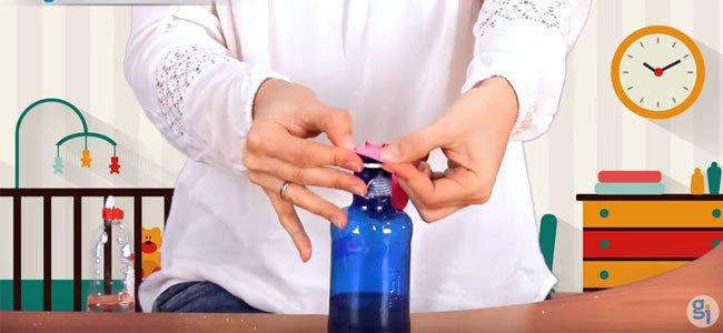 Colocar el globo en la botella