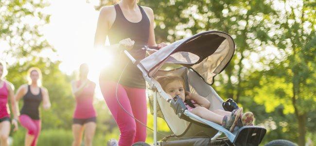 Madres corren con bebés