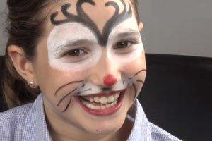 Maquillaje de reno para niños en Navidad