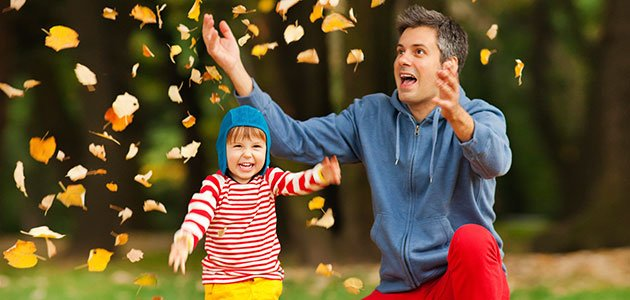 Niños en otoño