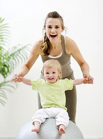 Gimnasia en casa con bebés