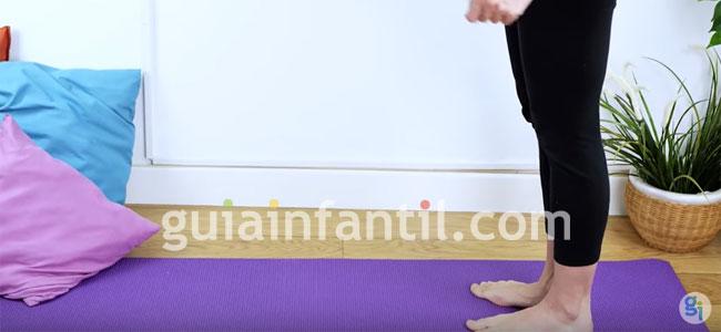 Postura de yoga del guerrero