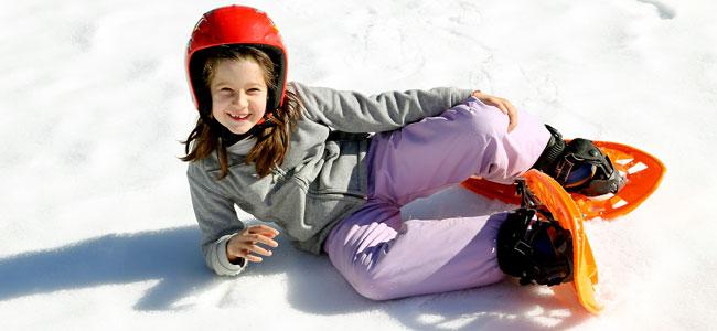 Beneficios de las raquetas de nieve para los niños
