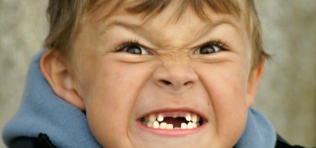 Que significa si el ni o sue a que se le caen los dientes for Suelo que se me caen los dientes