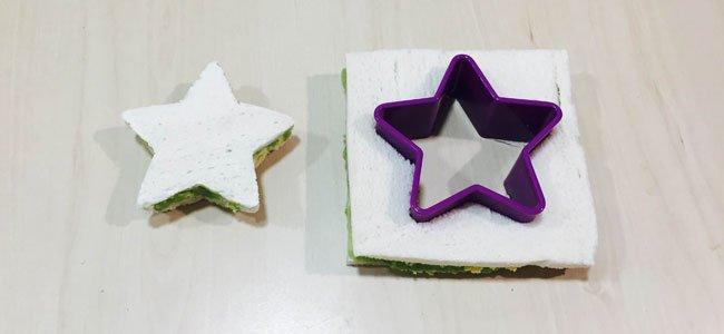 Árbol de Navidad con pan de molde. Paso 4