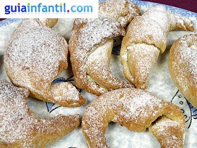 Croissants rellenos para niños. Paso 4