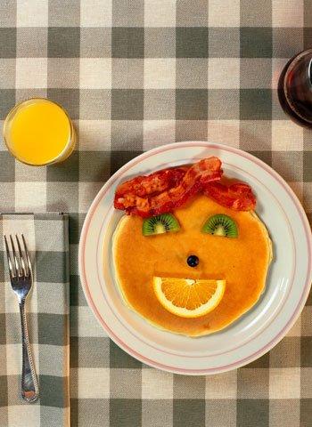 C mo decorar los platos de comida de los ni os - Como decorar platos ...
