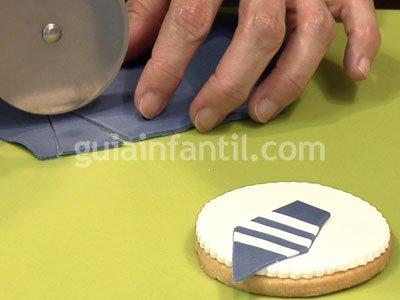 Receta de galleta con forma de medalla. Paso 4
