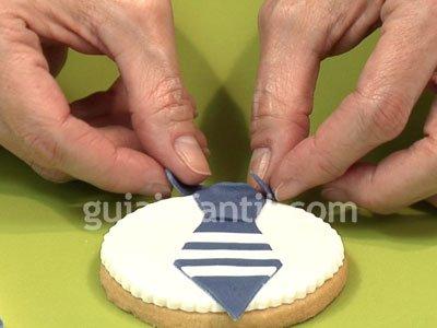 Receta de galleta con forma de medalla. Paso 5