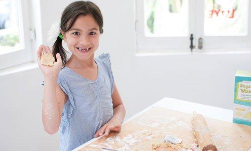 Cómo hacer galletas con forma de bolsita de te. Paso 2