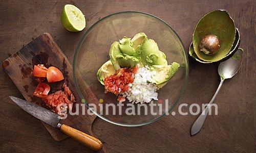 Receta de guacamole casero. Receta de México 1