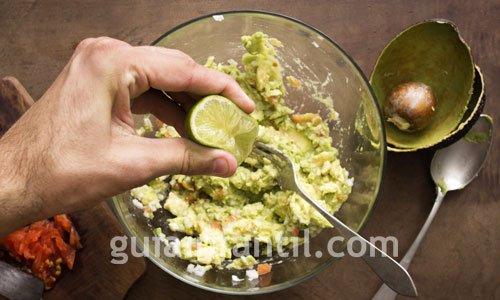 Receta de guacamole casero. Receta de México 2
