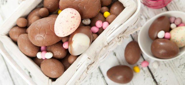Como hacer huevos de pascua de chocolate