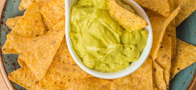 Recetas con nachos o totopos caseros