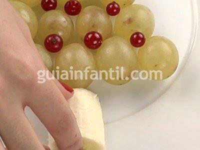 Árbol de uvas. Paso 3