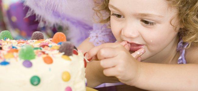 Recetas de relleno para tatas y pasteles de cumpleaños.