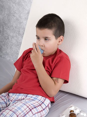 Asma de los niños en el colegio