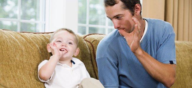 Lengua de signos entre padre e hijo