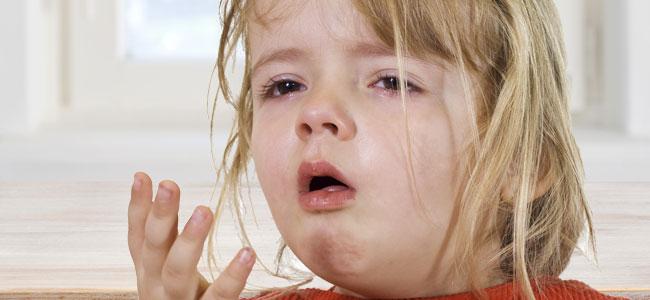 Qué hacer ante un atragantamiento en los niños
