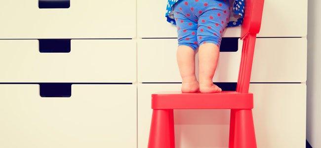 C mo ense ar a los ni os qu es el peligro for Sillas para que los bebes aprendan a sentarse