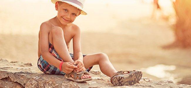 Elegir calzado de verano para los niños