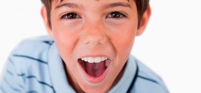 5 ideas para cuidar la voz de tus hijos
