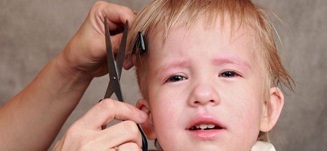 Cómo cortar el pelo a los niños