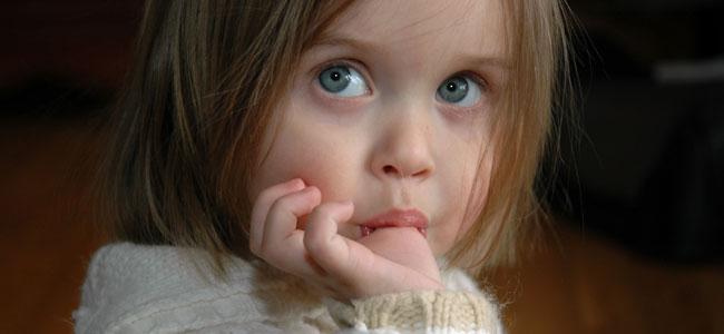 La razón por la que los niños se chupan el dedo