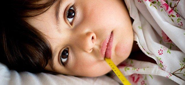 Por qué los niños enferman más por la noche