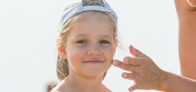 Trucos para quitar las espinillas de los niños