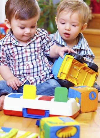 Niños sanos a través de juegos y juguetes