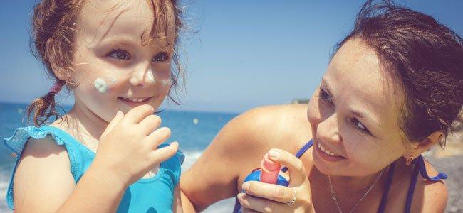 Cremas solares para mamás y bebés