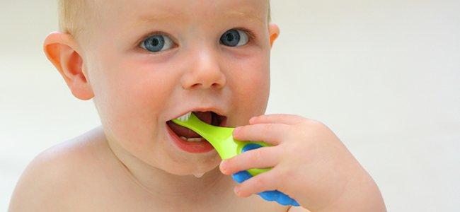 Cosas que debes saber sobre los dientes de bebés y niños