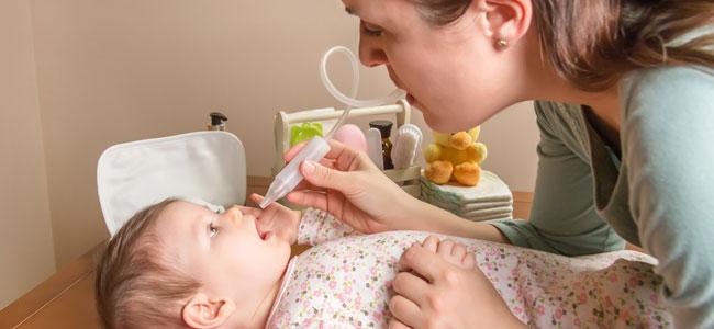Limpieza nasal del bebé