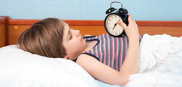 Niño con reloj