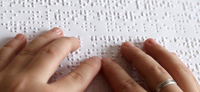 Niños ciegos. Método Braille