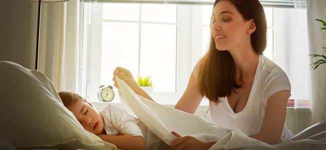 Lograr que el niño duerma en su habitación