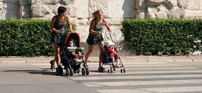 Seguridad vial con los carritos del bebé