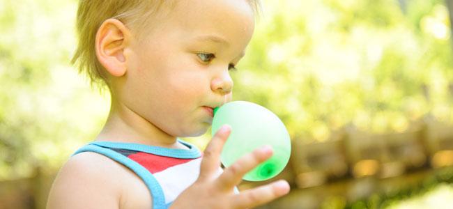 Por qué un globo puede matar a un niño