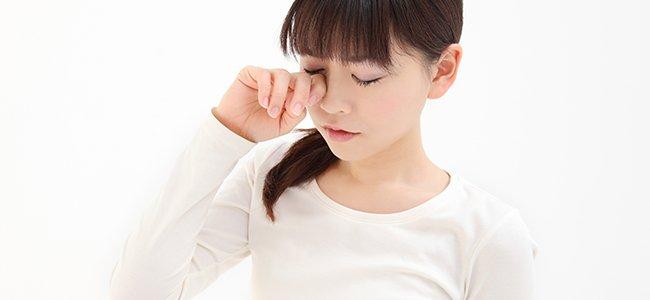 síntomas del astigmatismo infantil