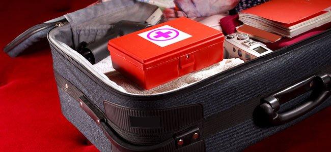 Un botiquín de primeros auxilios para viajes con niños