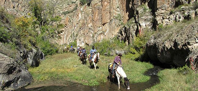 Los mejores hoteles del mundo para viajar con niños: Rock in horse ranch hotel
